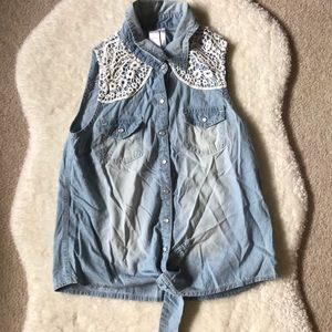 3/35  Justice Sleeveless Light Wash Denim Lace Top